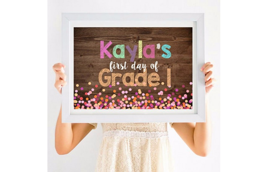These Photo Accessories Will Make Their First-Day-of-School Photos Cuteness Overload